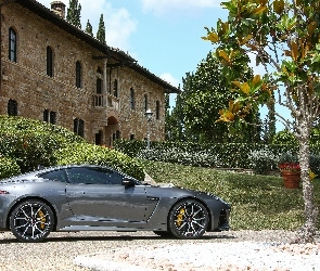 2017, Jaguar F-Type SVR Coupe