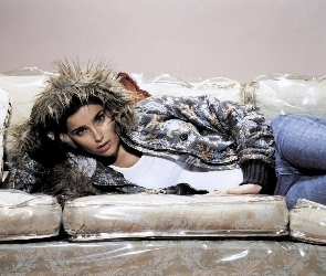 Sofa, Nelly Furtado